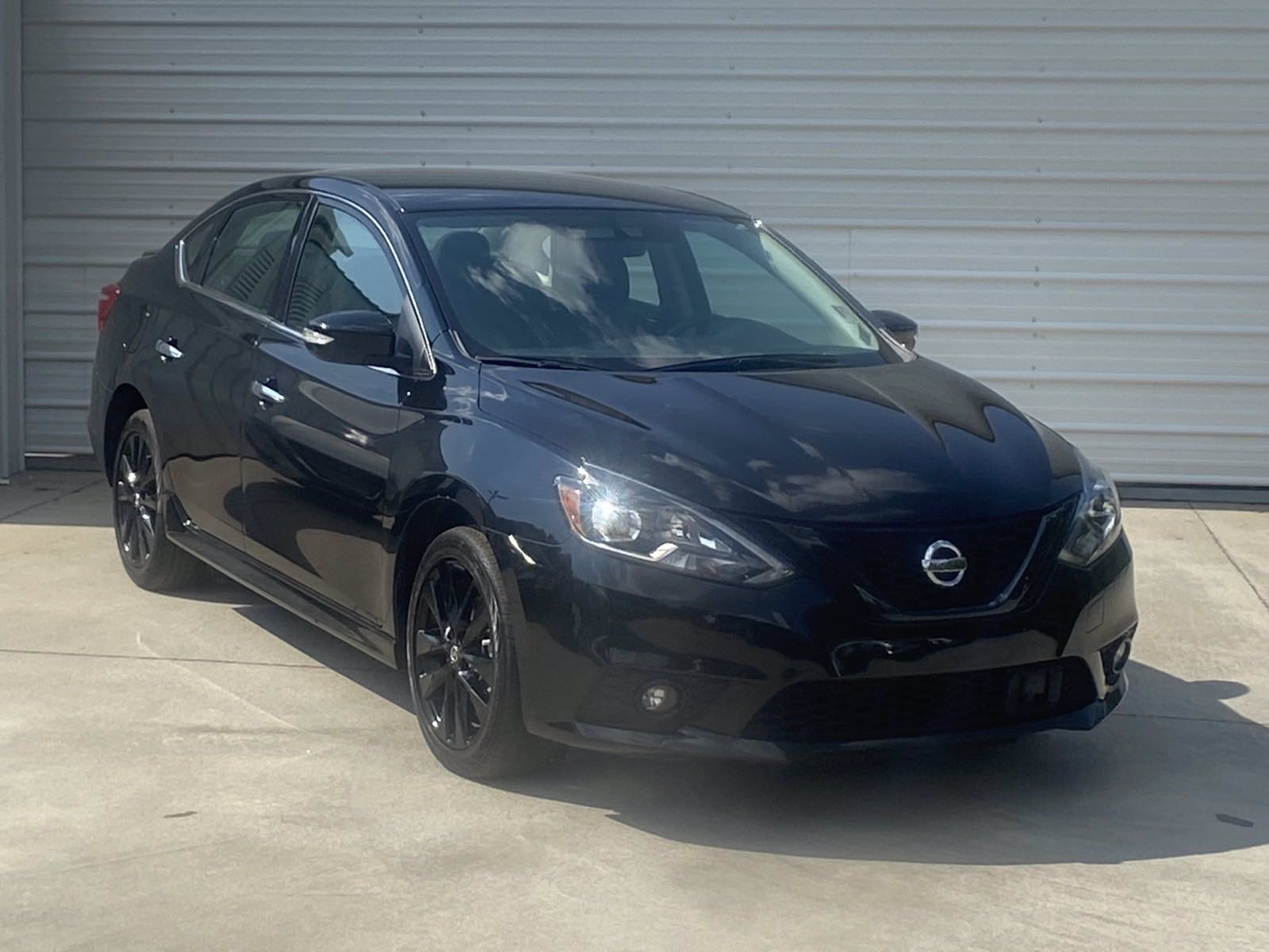Pre-Owned 2018 Nissan Sentra SR Midnight Edition