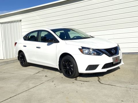 Pre-Owned 2018 Nissan Sentra SV Midnight Style